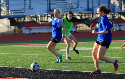 Girls soccer prepares for district opponents