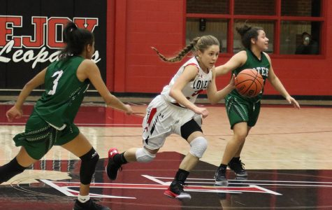 Girls basketball look to bounce back from loss