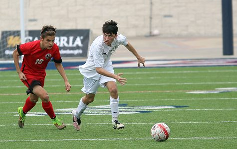 Boys soccer hopes to have success in Ice Bowl