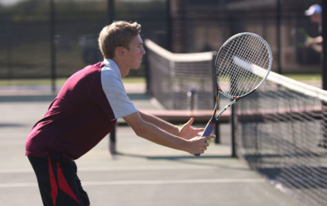 Tennis looks to continue tournament success