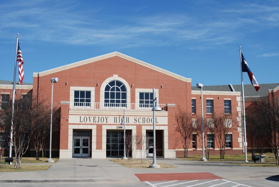 A recommendation by Superintendent Ted Moore will be presented at tonight's school board board meeting that would allow some transfer students to pay tuition to attend Lovejoy ISD schools.