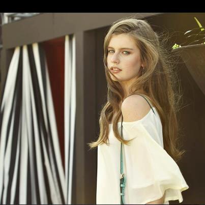 Sophomore starts modeling career