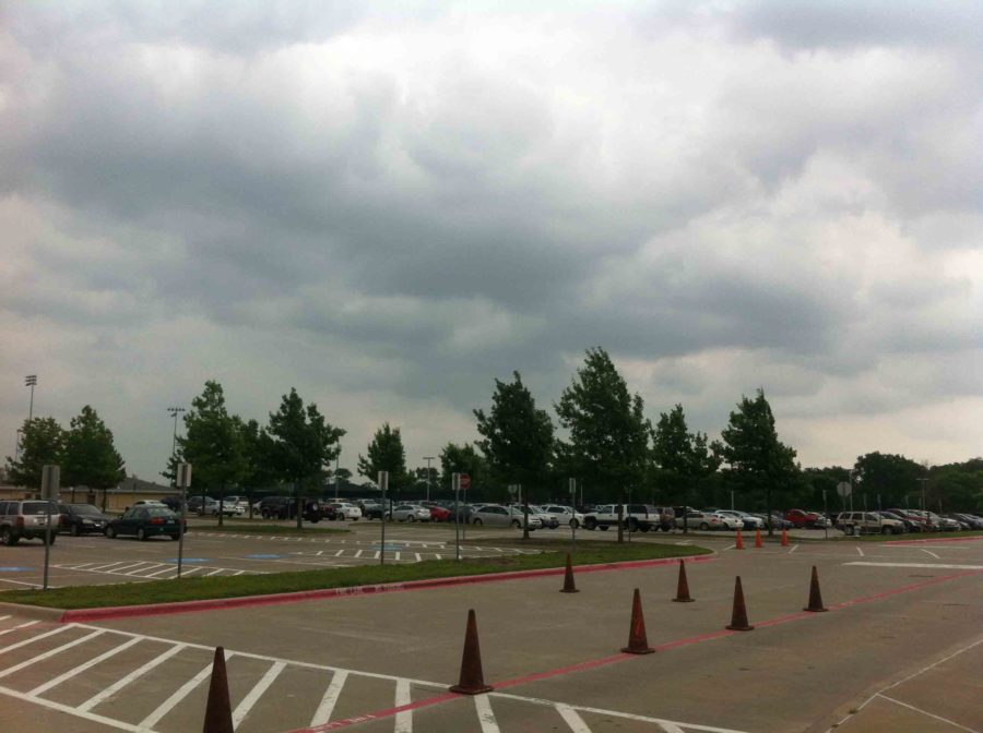 With a storm system moving towards the area and the potential for severe weather, many students are having their parents check them out early.  But as of 1:00 p.m. Tuesday, the school has no plans for an early release.