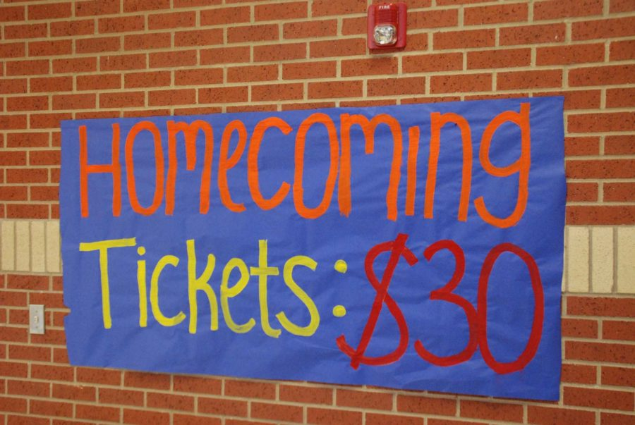 The+Homecoming+Dance+is+Saturday%2C+Oct.+5%2C+but+the+week+is+filled+with+a+variety+of+events+including+Thursday%27s+Power+Puff+games+and+Mr.+Lovejoy.+++