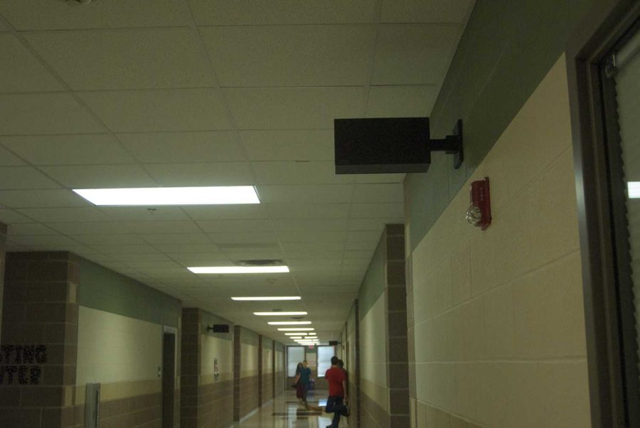 Clocks+around+campus+have+been+malfunctioning%2C+leaving+students+unaware+of+the+time.