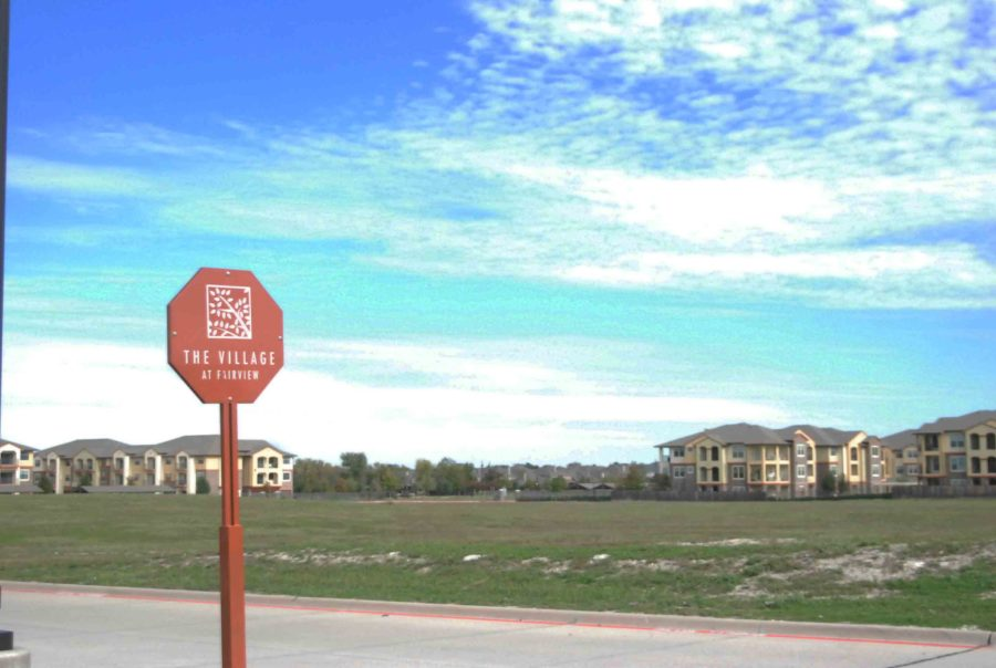 Located+across+from+the+sand+volleyball+courts+at+The+Village+of+Fairview%2C+this+empty+lot+is+slated+to+be+the+home+of+a+new+Residence+Inn.++Construction+is+scheduled+to+begin+in+December+2015.