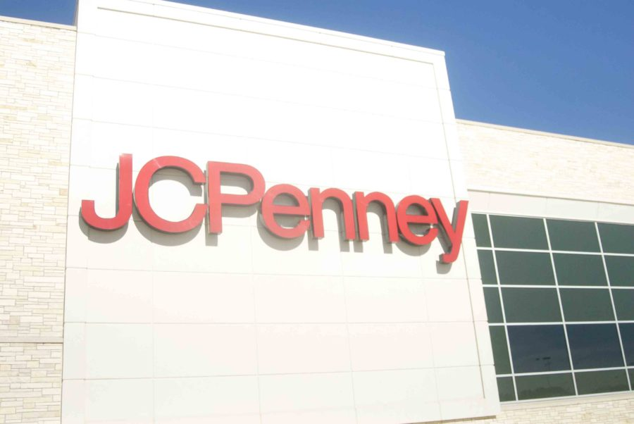 Many+local+businesses+like+JC+Penney+are+hiring+temporarily+for+the+holidays.