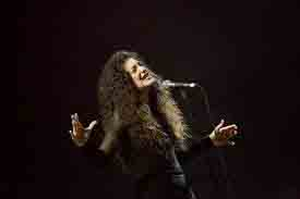 Two-time Grammy winner Lorde (Ella Marija Lani Yelich-OConnor) performing last night, March 4, at the South Side Ballroom in Dallas.