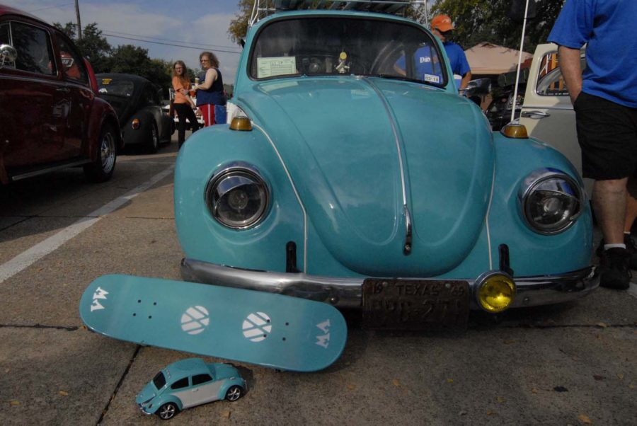 Volkswagen+enthusiasts+from+all+over+Texas+came+to+show+off+their+rides.+Some+even+modeled+their+cars+after+toy+cars+on+Saturday%2C+September+27%2C+2014.