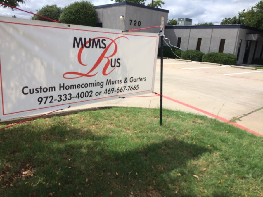 Mums+R+Us%2C+a+local+shop+for+homecoming+accessories%2C+provides+an+alternative+to+buying+from+the+Majestics.