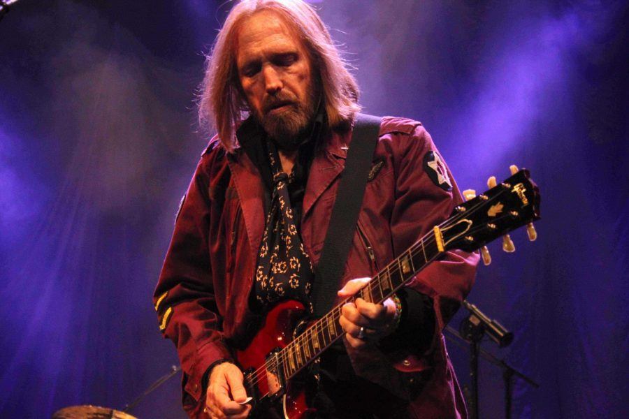 Lead vocalist Tom Petty plays at the AAC
