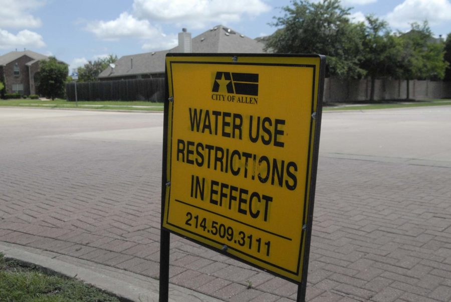 As+a+result+of+the+extremely+low+water+levels+at+Lake+Lavon%2C+surrounding+communities+have+had+to+restrict+their+water+usage+to+once+every+two+weeks.