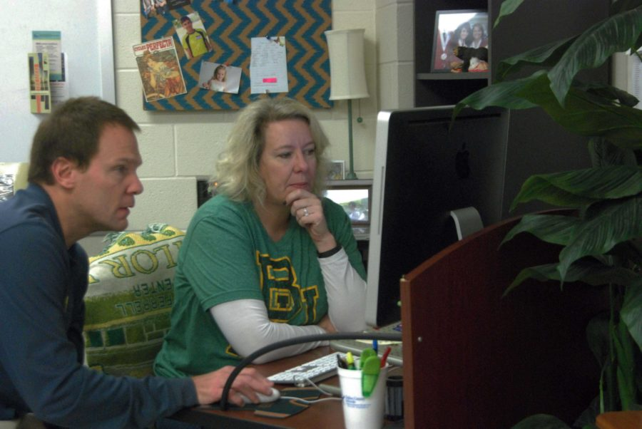 Yearbook advisor Jennifer Holcomb dosen't have exams for her students, taking part in a trend for some teachers.