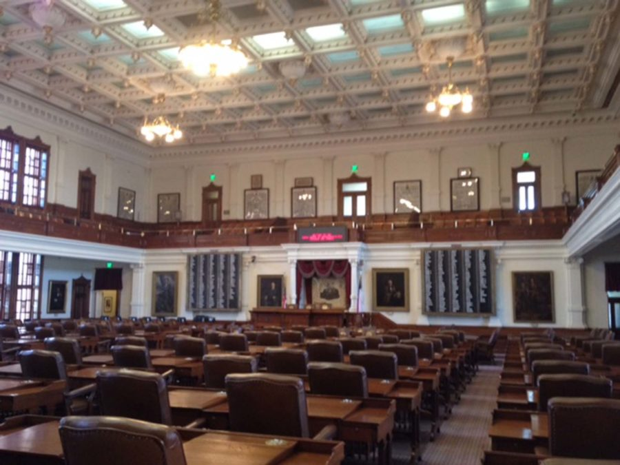 State+legislators+in+Austin++are+currently+debating+a+bill+that+would+partially+tie+teacher+pay+to+student+performance.