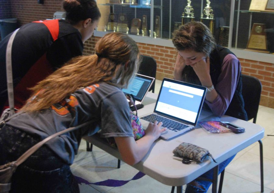 Outside of the auditorium, students are given the opportunity to sign up for their own Relay For Life teams. Those who create a team the day of the presentation are entered in a raffle and have the potential to win free pizza the night of Relay For Life.