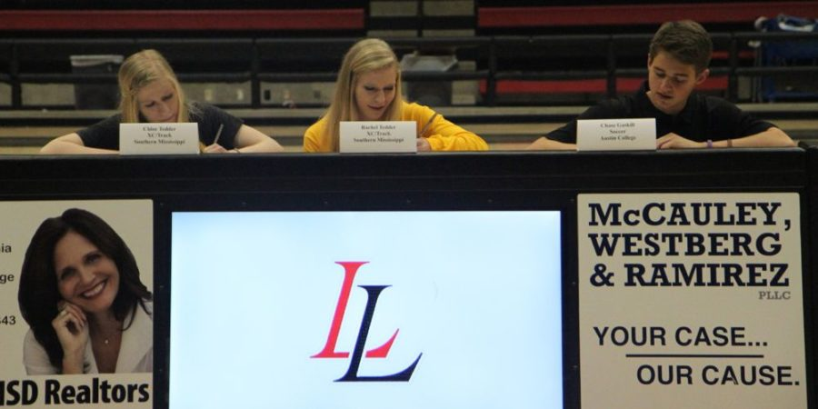 Seniors+Chase+Gaskill%2C+Chloe+Tedder%2C+and+Rachel+Tedder+sign+their+commitment+forms+to+play+sports+and+Austin+College+and+University+of+Southern+Mississippi%2C+respectively.