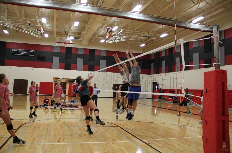 In its first season, the boys volleyball team finished the regular season with a 6-0 record and takes on Dallas Jesuit Tuesday in the auxiliary gym at 7:30 p.m. for the TBVVL Championship. With not enough guys to always play against each other, the team got to this point by occasionally playing the girls in practice.