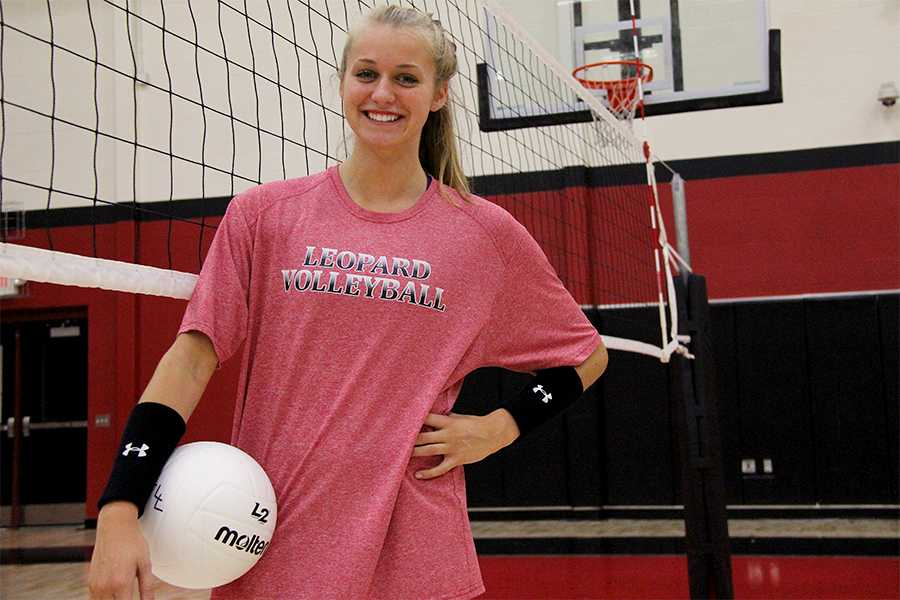 Senior volleyball player Jordan Fate has changed her commitment from Mississippi State University to Ole Miss.