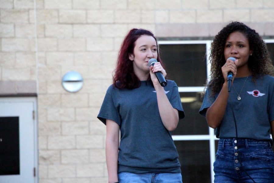 Senior Maddie Keosoff sings at local yogurt and coffee shops. She will also be performing at the State Fair on Oct. 4.