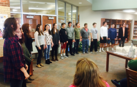 Choir spreads holiday cheer during exams