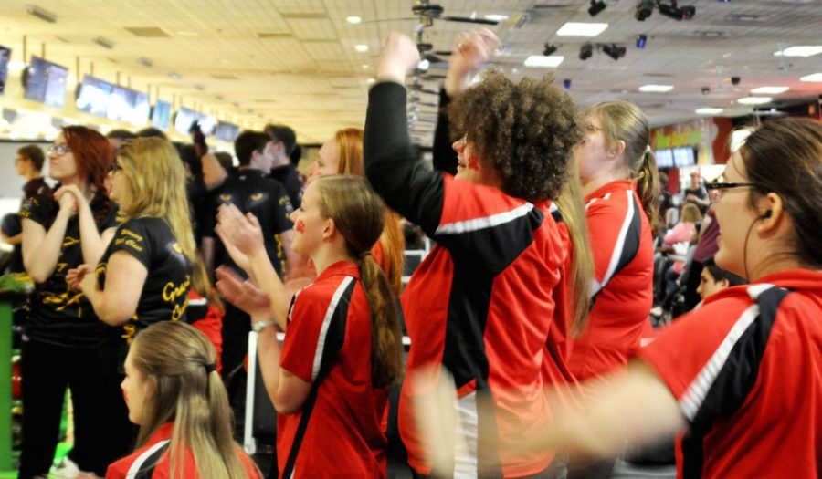 The+girls+bowling+team+advances+on+to+state+for+the+second+year+in+a+row.