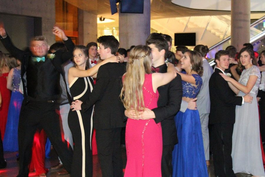 This year, prom will be held at Southfork Ranch in Parker, Texas. The dance will be decorated to resemble the Yule Ball in Harry Potter.