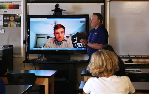 Physics students 'hangout' with petroleum engineer graduate