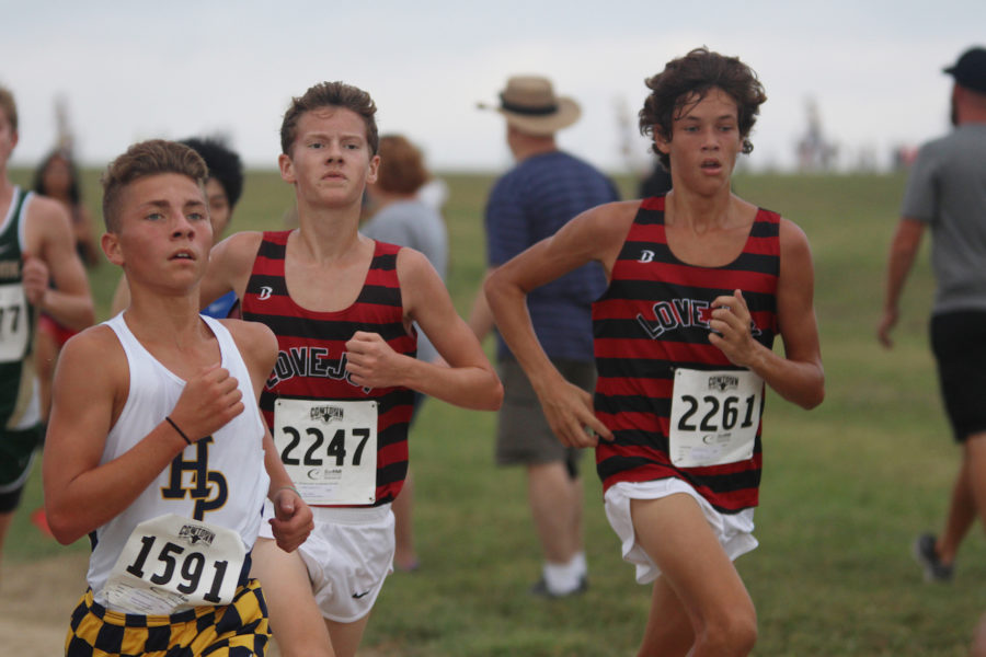Cross country team heads to Southlake Carroll