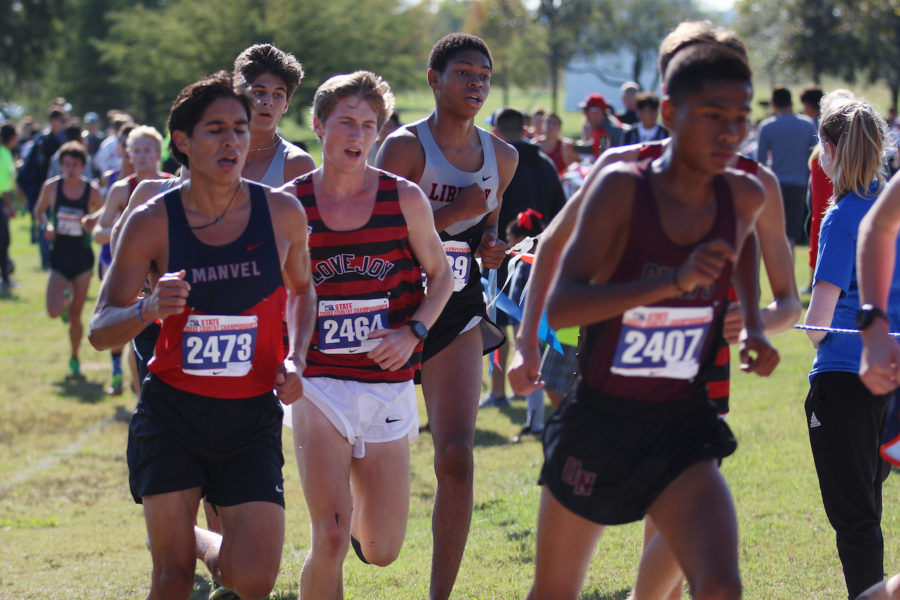 Junior Ryan Brands in the middle of the pack during the 5A state meet.