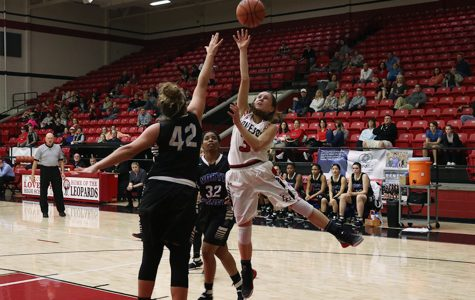 Girls basketball hosts Mesquite Poteet after securing playoff bid