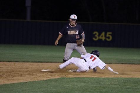 Baseball team hopes to defend playoff spot