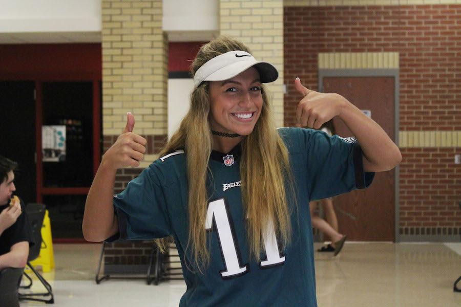 Junior+Sloan+Carevic+sports+a+Philadelphia+Eagles+jersey.+%0A
