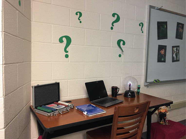 Riddler to wreak havoc in library's escape room