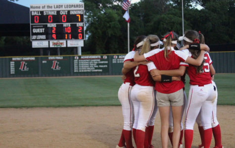 Softball to face Sulphur Springs in playoffs