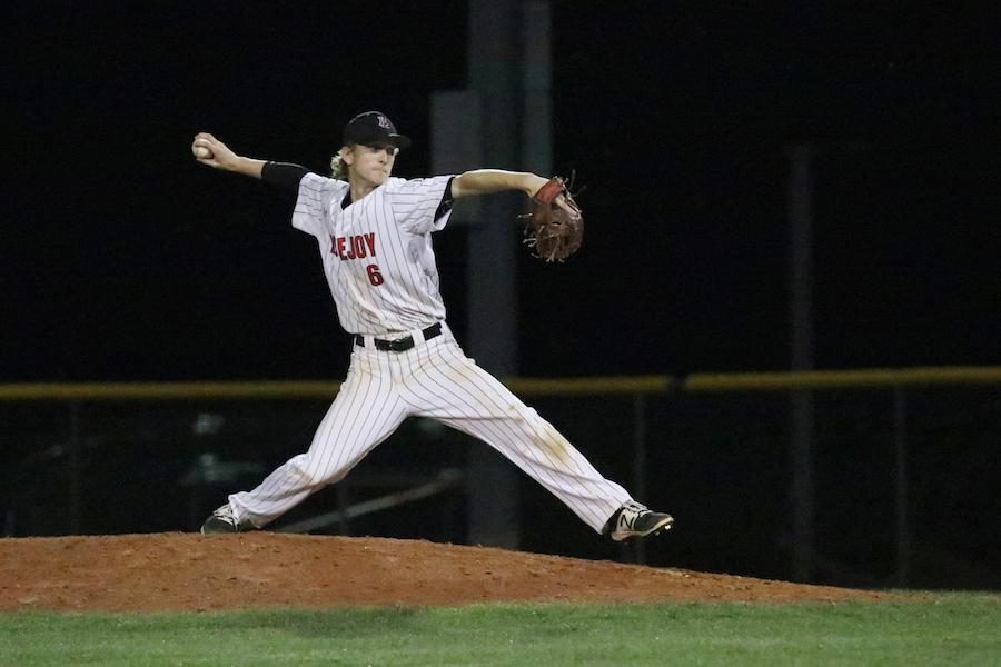 Junior Mason Marsh winds up his pitch.
