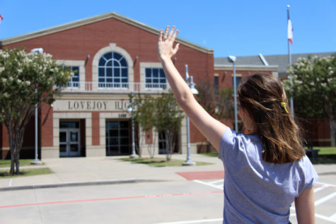 Senior goodbye: Embrace the high school experience