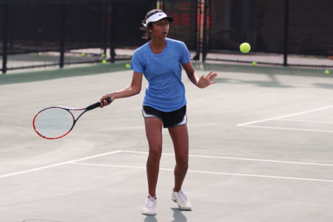 Tennis looks to extend winning streak to five against North Forney