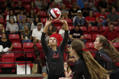 Volleyball looks to keep perfect district record against Scots