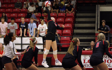 Volleyball seeks to extend district success