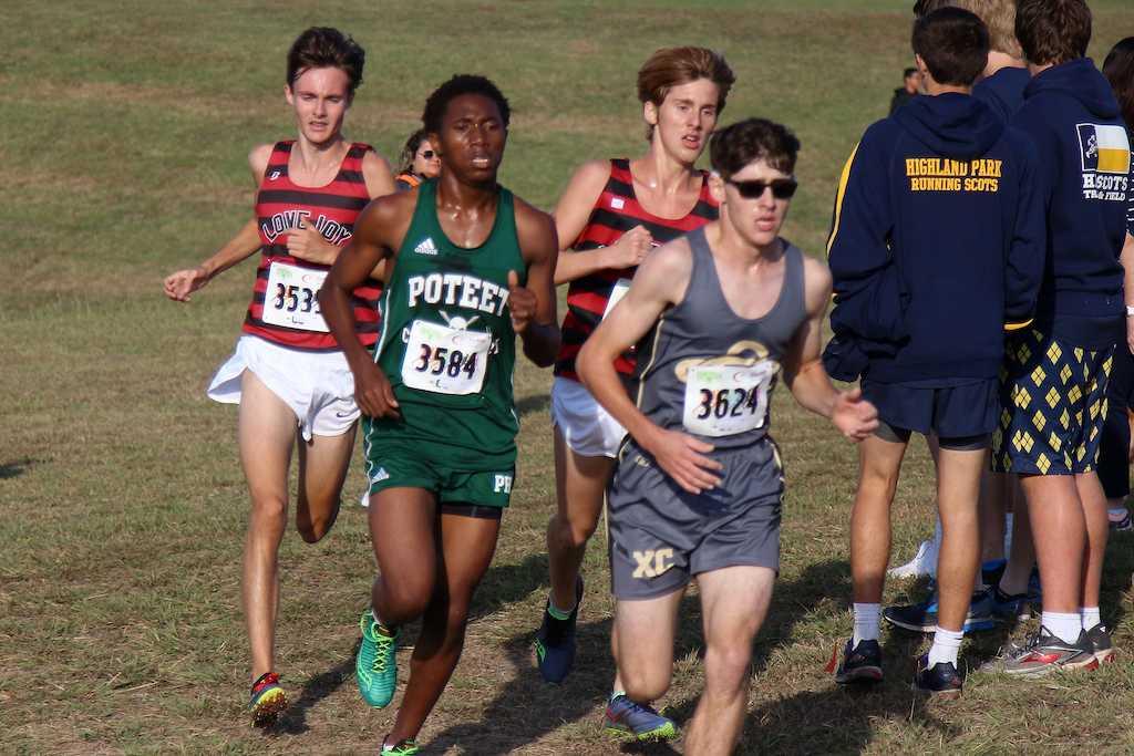Junior Brett Pederson and Sophomore Brady Laboret come around the bend on the final mile.