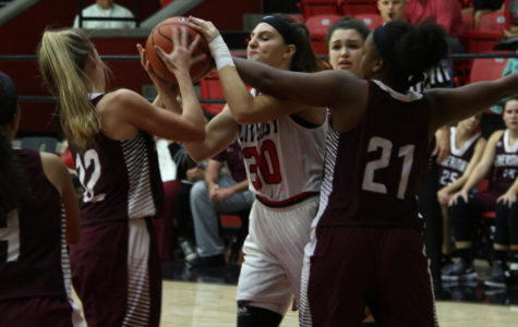 Girls basketball to compete in Colony Tournament