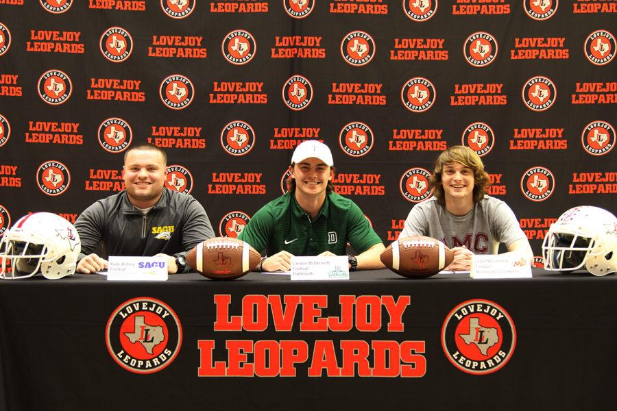 The five athletes joined a number of high schoolers around the country making their final commitments on collegiate athletics.