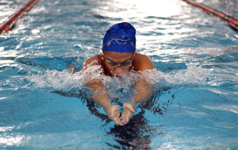 Swim sets records at regionals, moves on to state