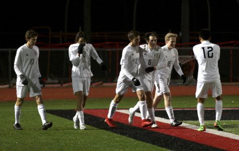Boys soccer ends season in regional quarterfinals
