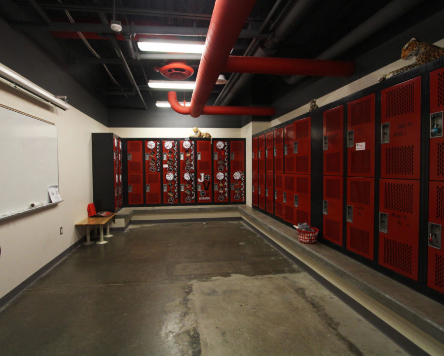 Last+March%2C+the+baseball%2C+golf%2C+softball%2C+and+tennis+programs+received+new+lockers+rooms.