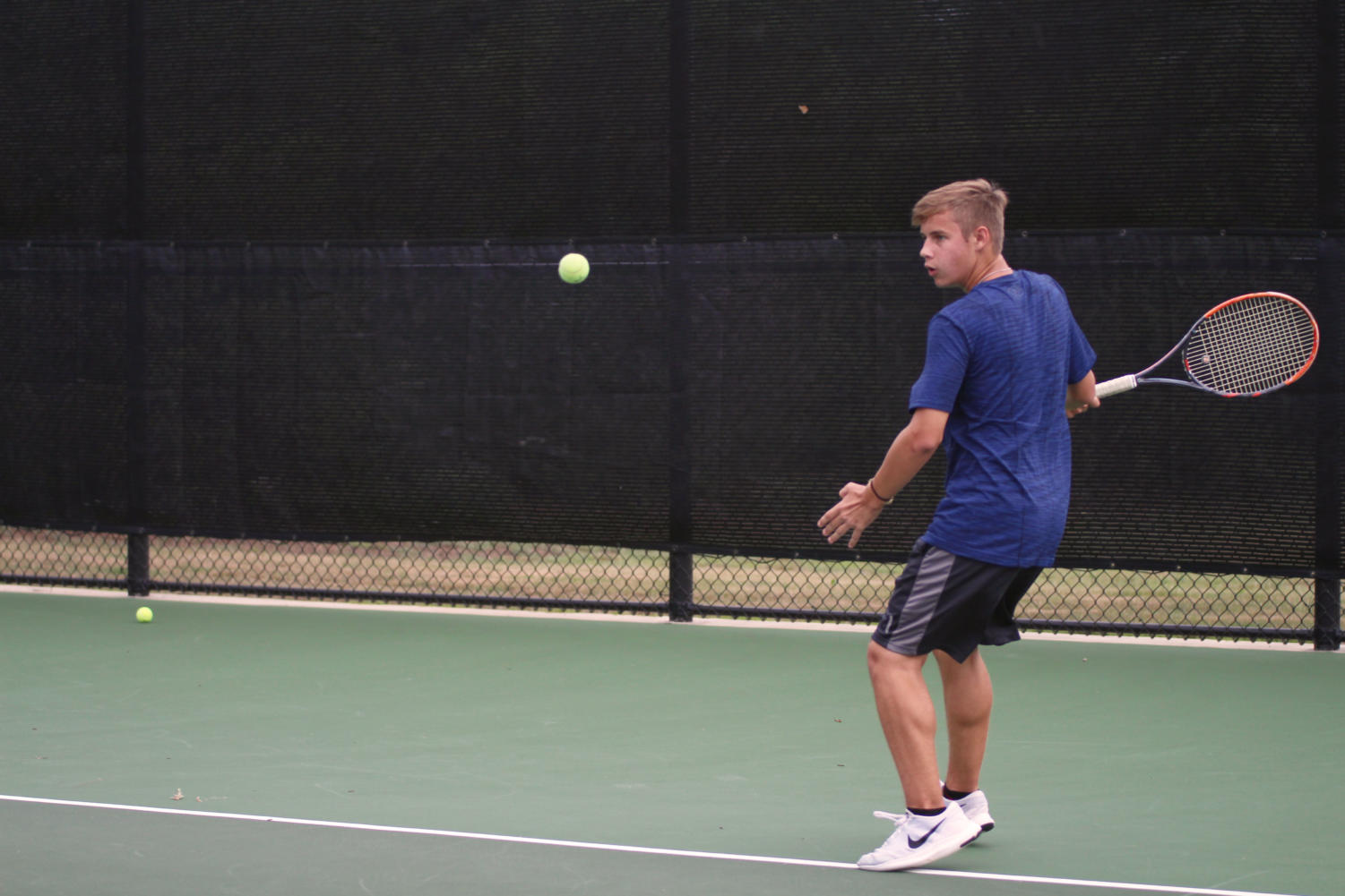 Sophomore Tyrell Crosby switches to his forehand.