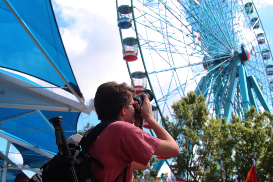 Junior+Kelsey+Carroll+rides+the+Ferris+wheel+for+the+first+time+at+the+State+Fair+of+Texas%2C+despite+long-time+fears.