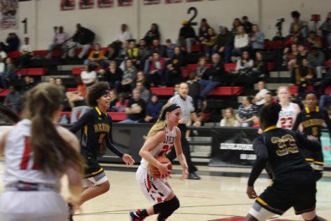 Girls basketball to play in Buda Hays Tournament