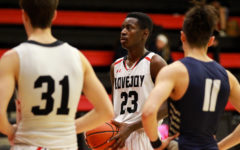Boys basketball looks to continue playoff run against rival Highland Park
