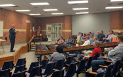 District advances in superintendent search